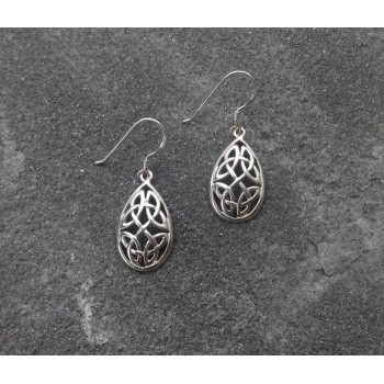 A sterling Silver Pear shaped Celtic Knot